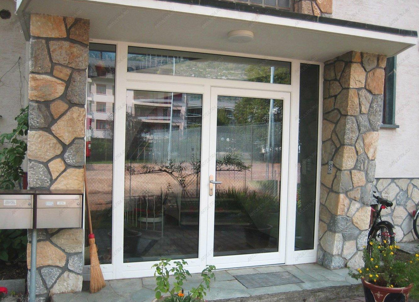 Надежная входная дверь - эталон безопасности и образец стиля