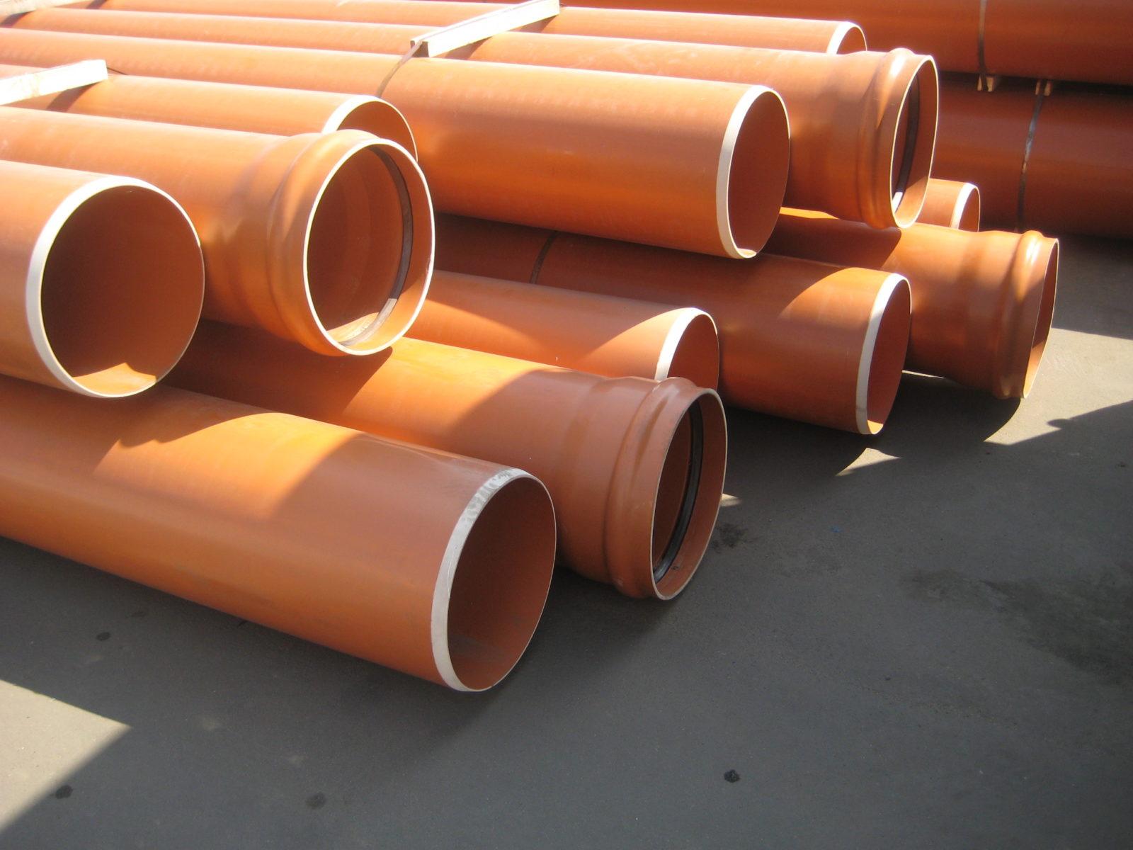 Виды труб из пластика. Плюсы и минусы полимерного трубопровода