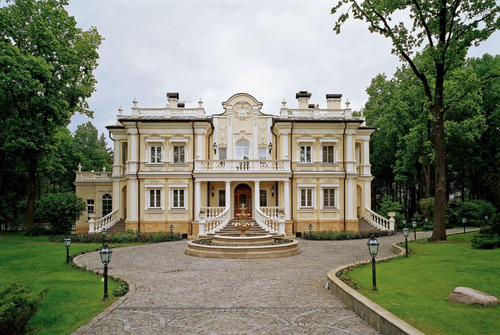 Будущий дом в классическом стиле