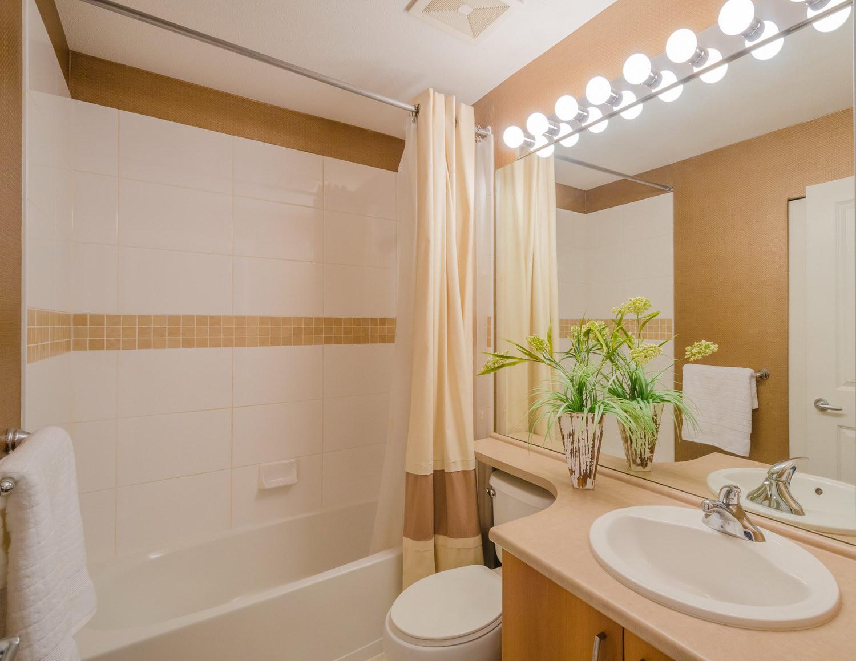 Советы по укладке плитки в небольшой ванной