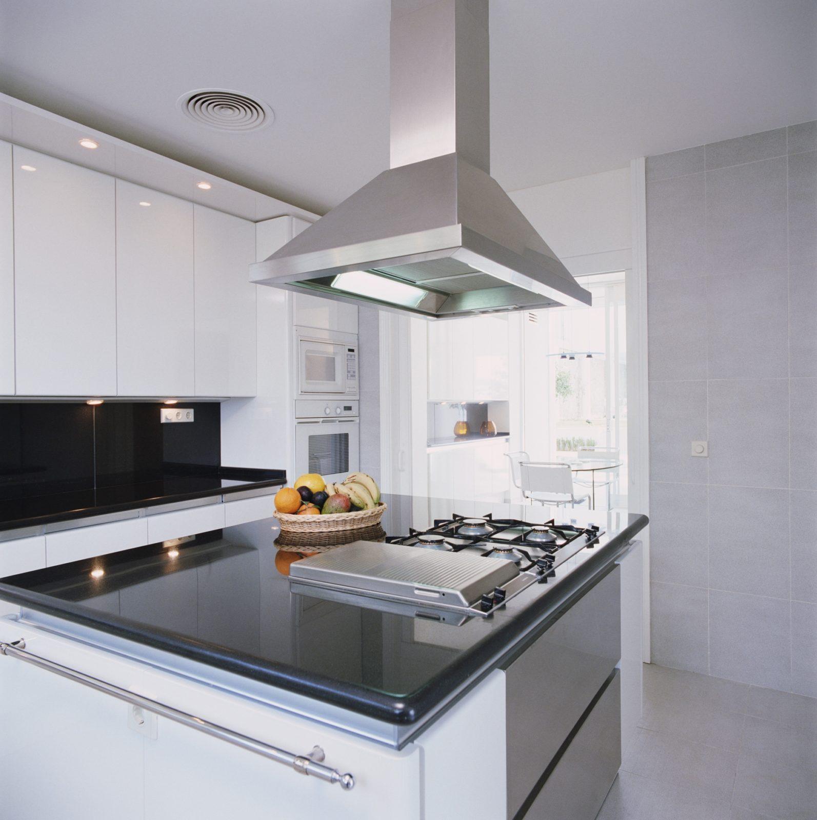 Вытяжки – важный аксессуар современной кухни