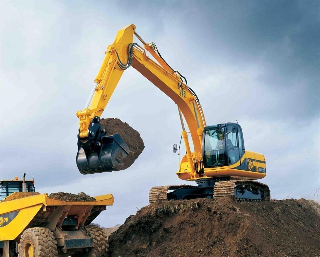 Строительное оборудование для уплотнения слоев грунта