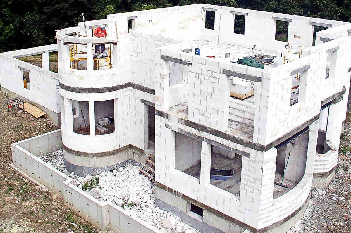 Строительство дома из газоблока1