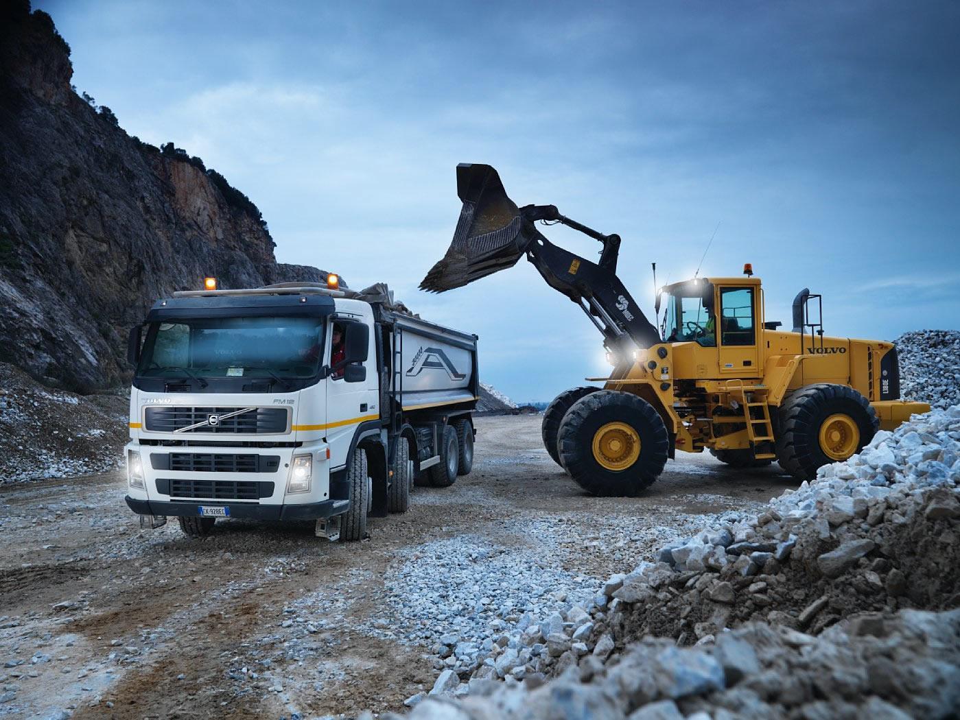 О доставке стройматериалов и вывоз строительного мусора