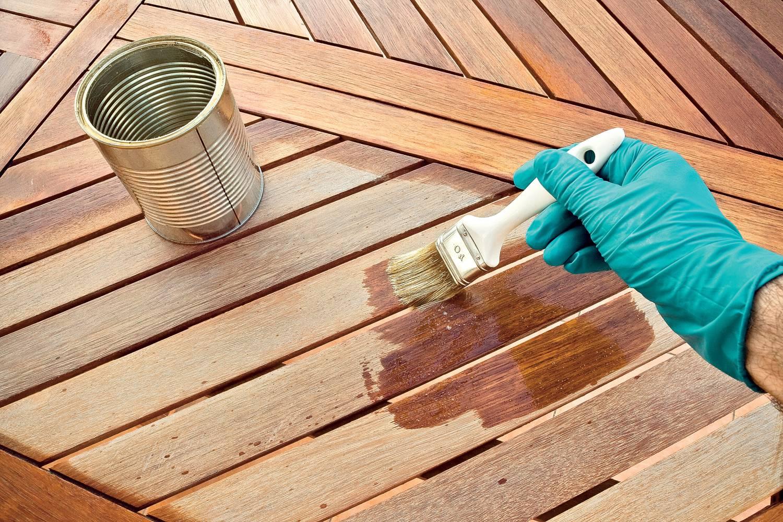 Применение пропиток при защите стройматериалов из древесины