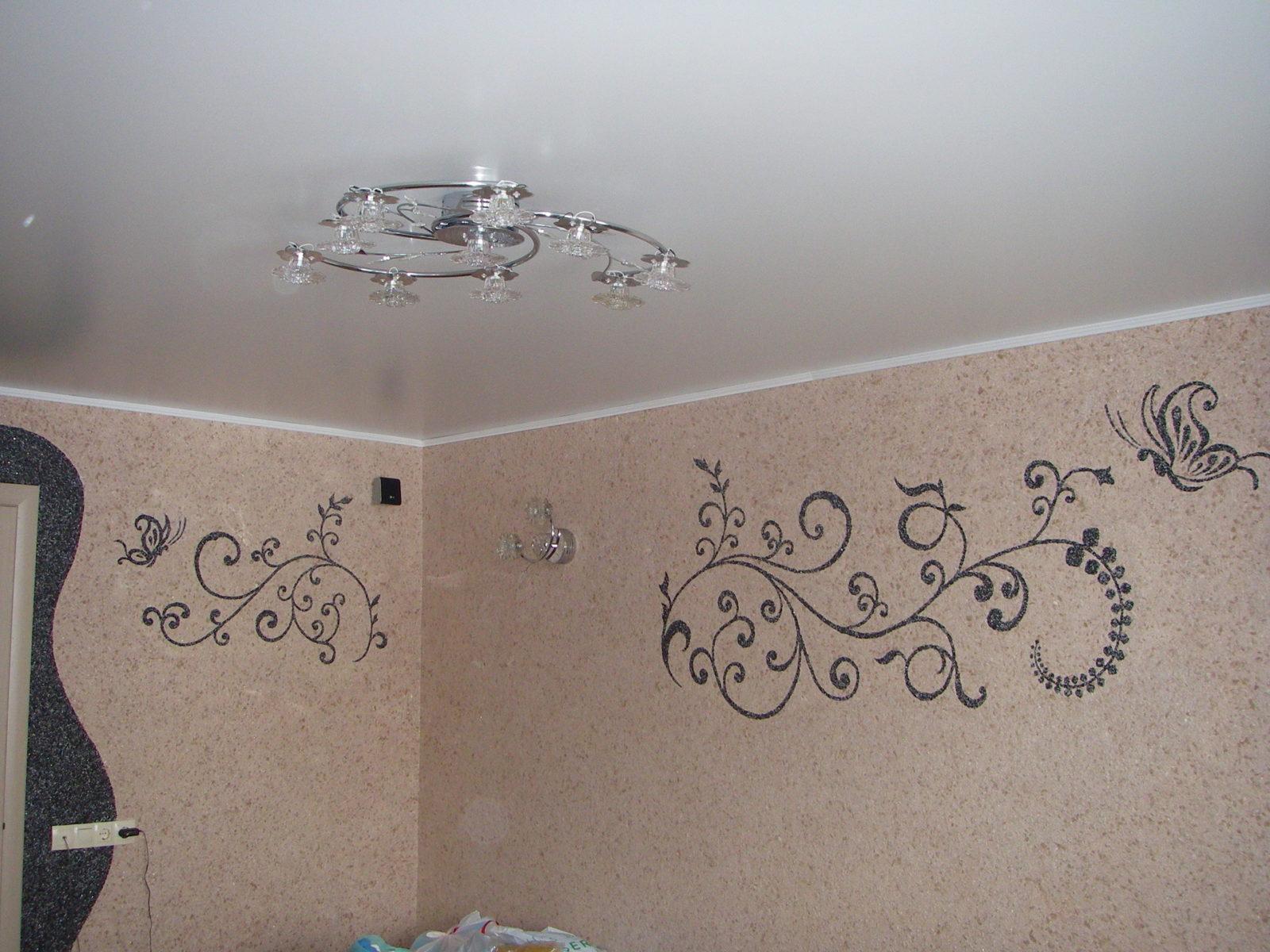 Технология покрытия стен жидкими обоями