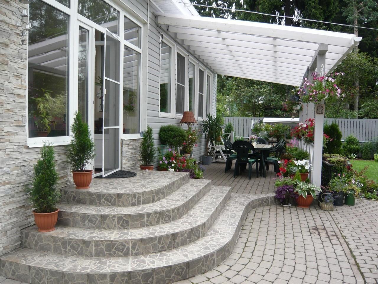 Зона отдыха в саду - выбираем свой стиль