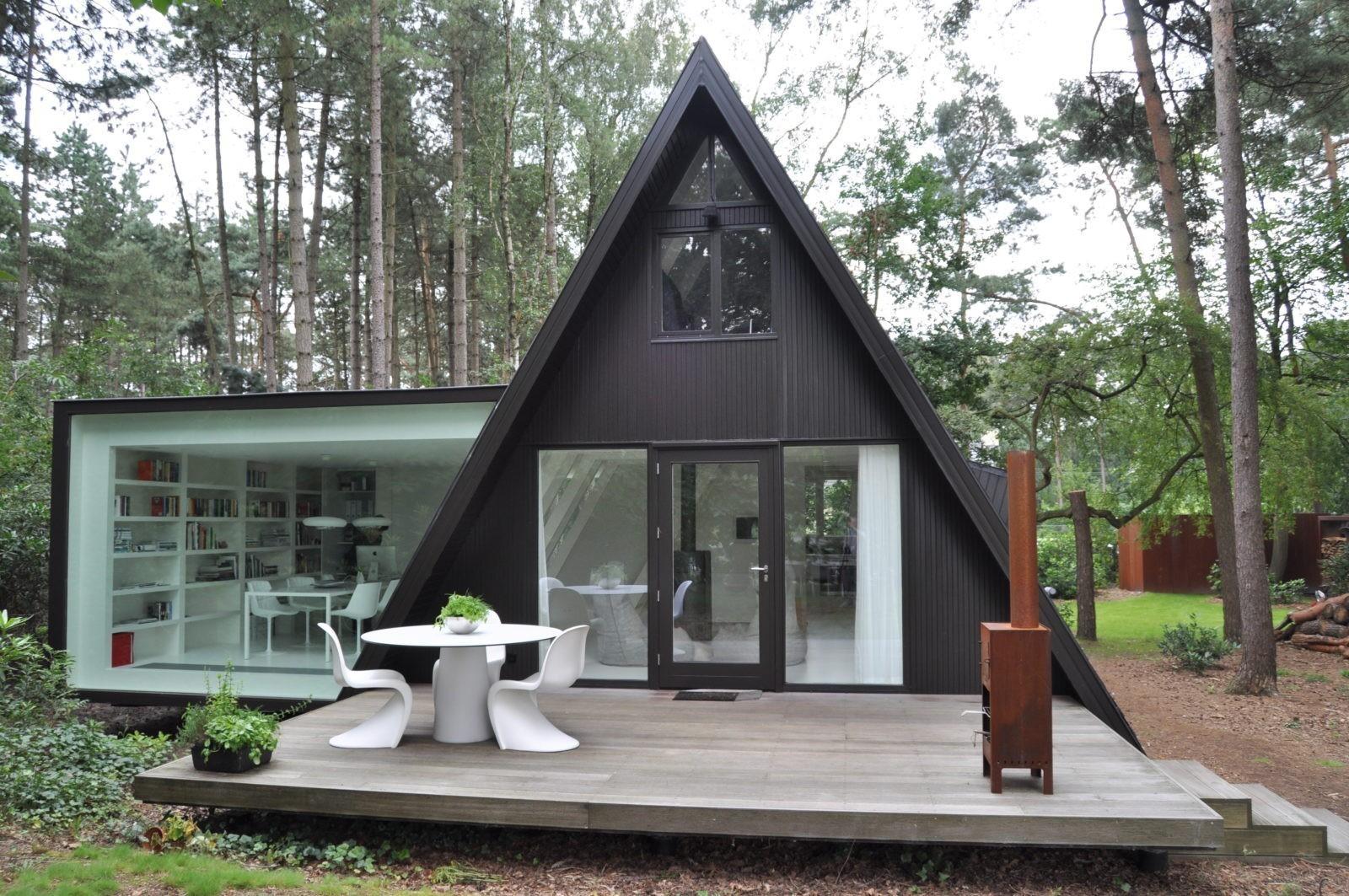Необычный жилой дом или просто лесная сказка