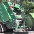 С помощью каких автомобилей вывозит мусор в Киеве