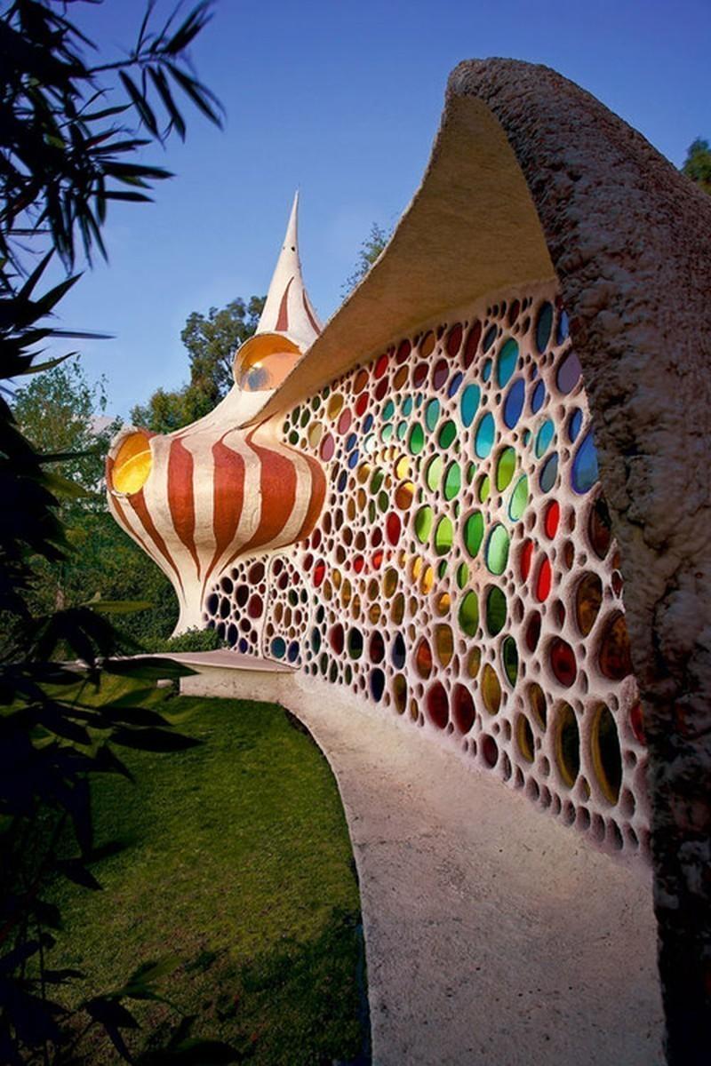 Уникальная архитектура необычного дома Наутилус в Мексике