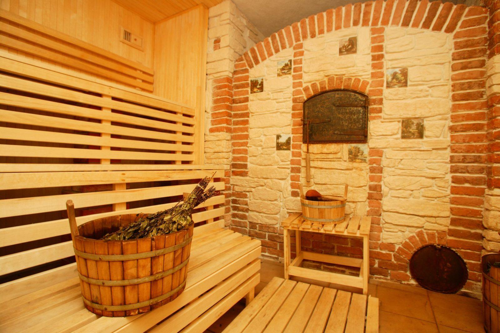 Как построить баню в загородном доме