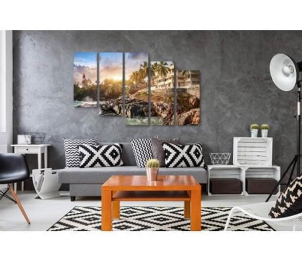 Украшение новой квартиры картинами: 6 правил оформления